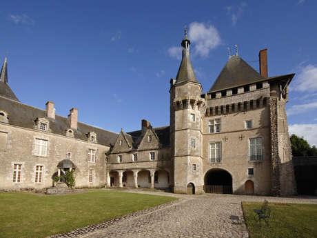 Exposition Rouge couleur gourmande au Château de Talcy