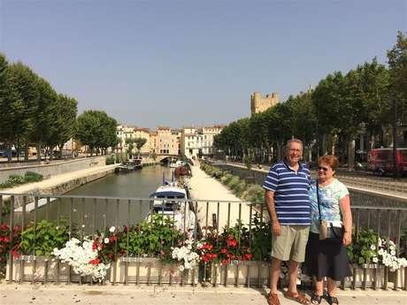 Excursion en minibus privatisé - Journée - Narbonne, Gruissan et le village de Lagrasse - F/GB