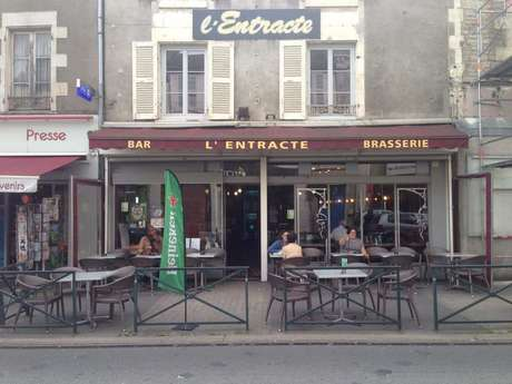 """BAR """"L'ENTRACTE"""""""