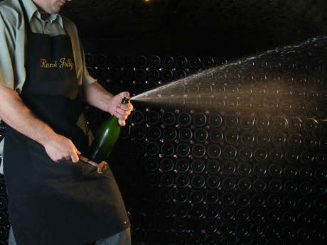Champagne René Jolly