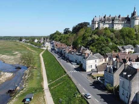 Marché estival Vue sur Loire