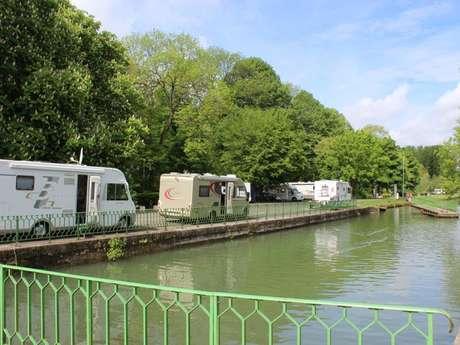 Aire de camping-car de Saint-Venant