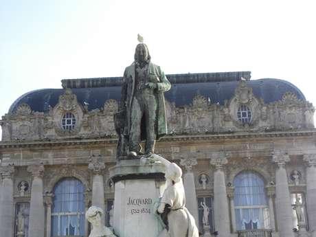 Le Monument Jacquard