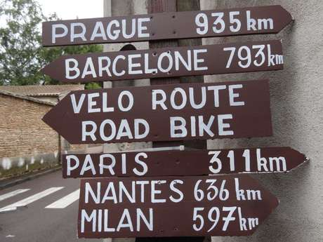 Radweg « La Voie des Vignes Beaune Santenay »