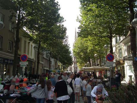 Marché de Calais Place Crèvecoeur