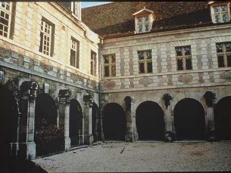 Oude abbaye Saint-Martin-Ès-Aires - E.S.A.A