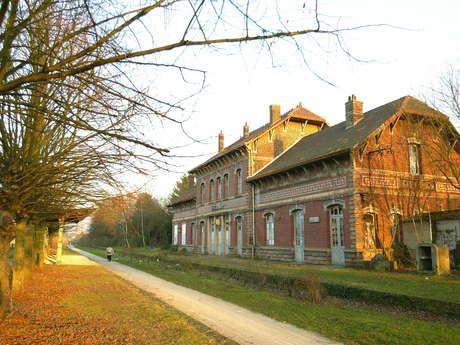Gare de Fresnes et cavalier Somain-Peruwelz - FRESNES SUR ESCAUT