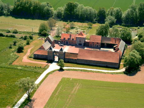 Rampemont castle-farm