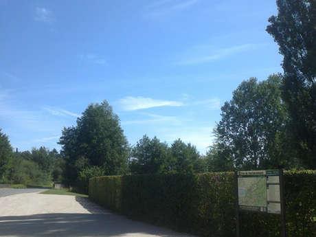 Aire de stationnement de Bauzy