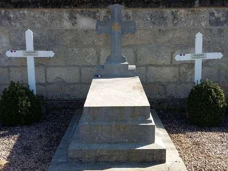 Tombe du Lieutenant De Gironde