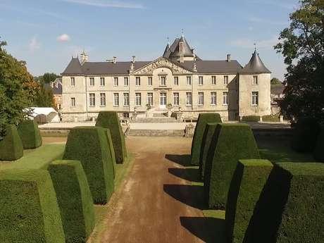 Donjon et parc du château de Vic-sur-Aisne