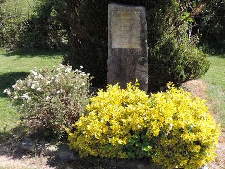 La Stèle du Souvenir à Fontenoy