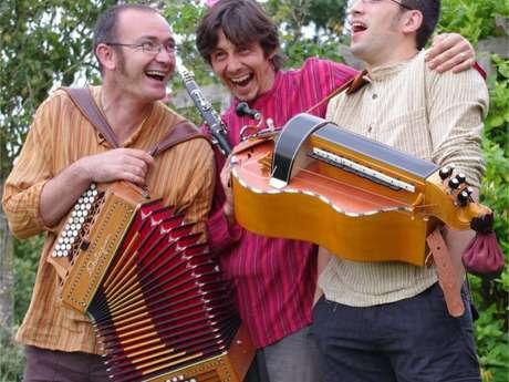 Festival Mini-Mômes Maxi-Mômes Breizilou, bal breton