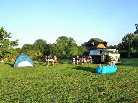 Aire naturelle de camping ICB là