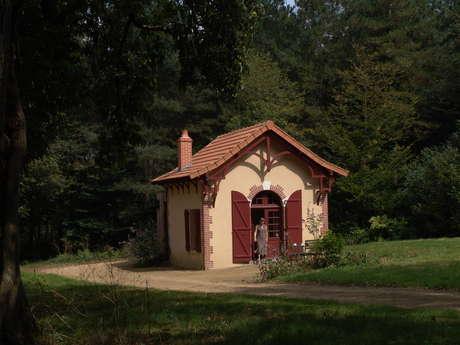 """Gîte """"Le Pavillon des Bois"""" - Domaine Les Roches Blanches"""