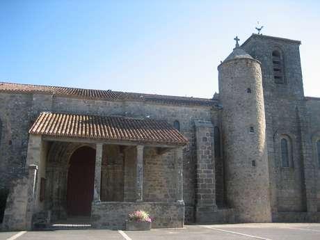 Eglise Saint Sauveur de Givre en Mai