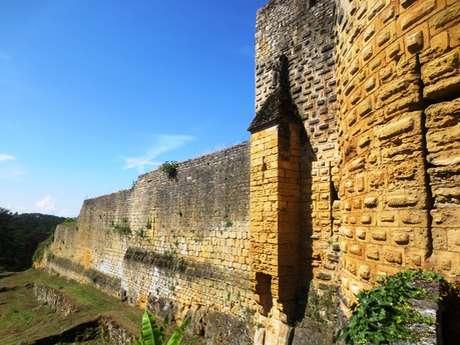 Le tour des remparts de Domme