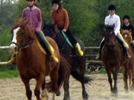 Centre Equestre Le Hameau du Nay