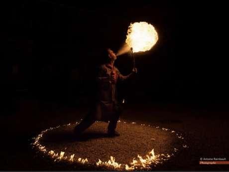 Semaine de la nuit : Balade commentée au flambeau et spectacle de feu