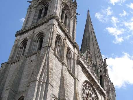 Une cathédrale insoupçonnée : Le labyrinthe