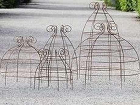 Construire une cloche de jardin décorative en métal