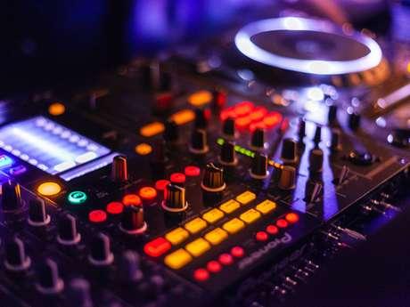 Soirée DJ : Paillettes Glam