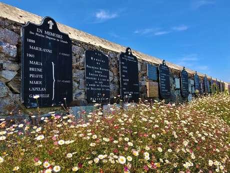 Mur des disparus en mer