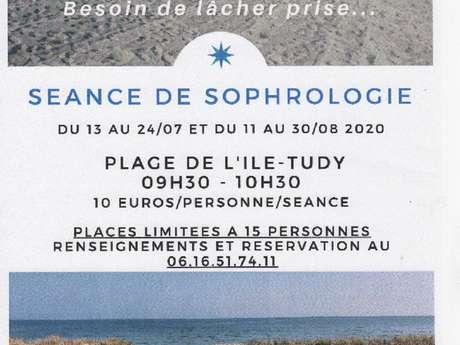 Séance de sophrologie sur la plage