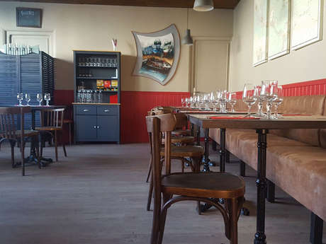 Restaurant Bar Le Petit Bistrot