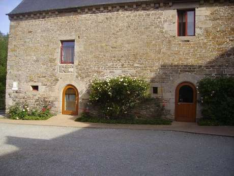 Manoir de Bélouze - Centre d'Accueil