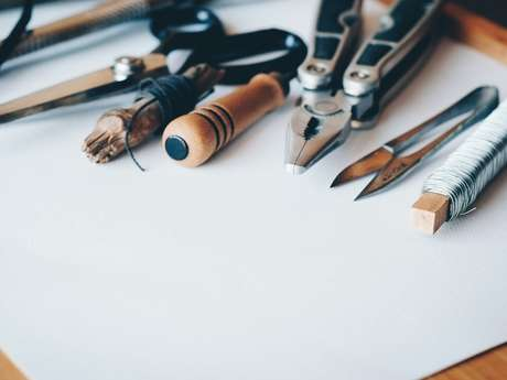 Atelier réparation d'objets abîmés