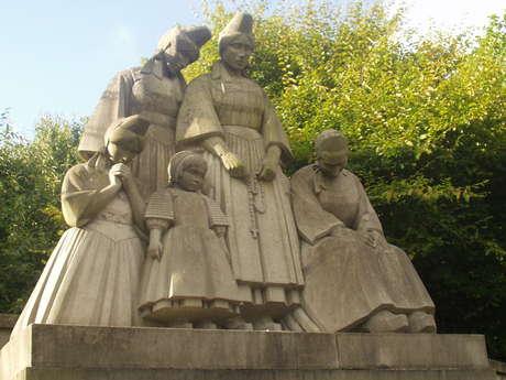 Monument aux Bigoudens