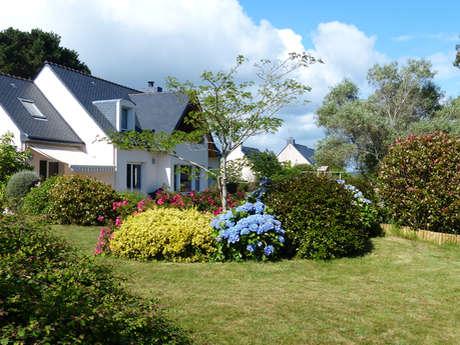 THOMAS Michel et Marie-Andrée - La Villa Kernéhan