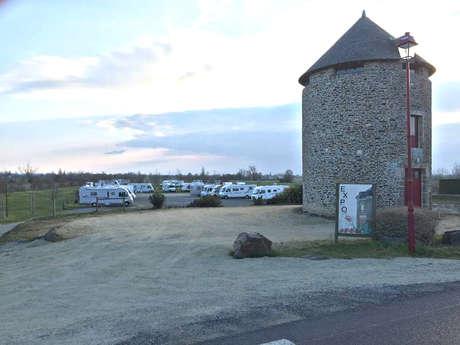 Aire de services du Moulin de la Ville-Es-Brune