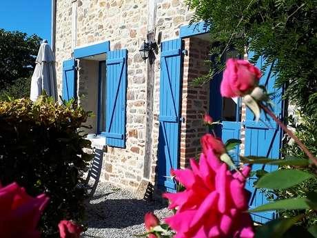 """Château Mont-Dol - Gîte """"Agapanthe"""""""
