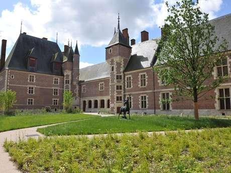 Château de Gien. Chasse, Histoire et Nature en Val de Loire