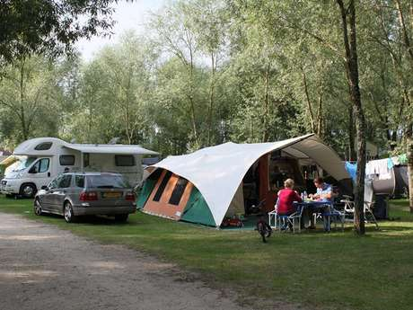 Camping Les Saules / Cheverny