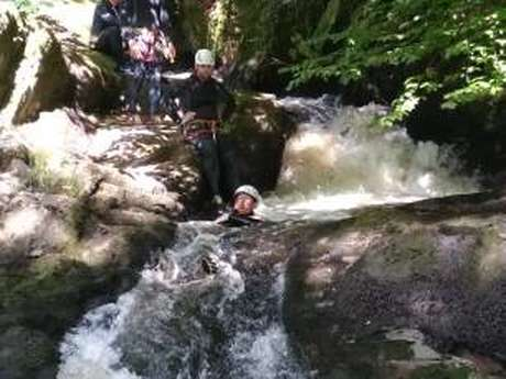 Escapade Nature Pays d'Argentat -Canyoning