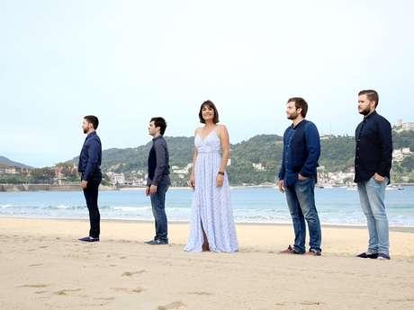 Anne Etchegoyen et le chœur des voix  basques  -  Les Musicales du Causse