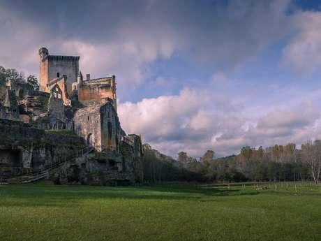 Château de Commarque, l'aventure de la Préhistoire au Moyen-âge