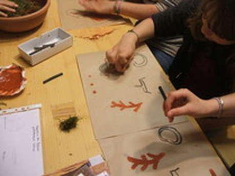 Les Ateliers Enfants de la Maison du Piage :  '' Peinture ''
