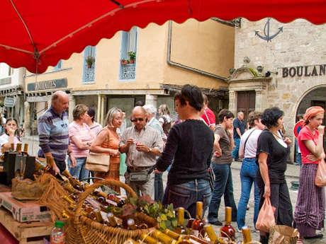 """Marché des Producteurs de Pays Festif """"Bienvenue à la Ferme"""" à Beaulieu-sur-Dordogne -"""