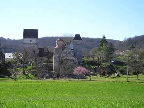 Les falaises de la Dordogne et leurs villages