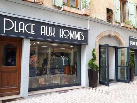 PLACE AUX HOMMES