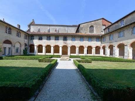 Cloître de l'abbaye et Salle du trésor