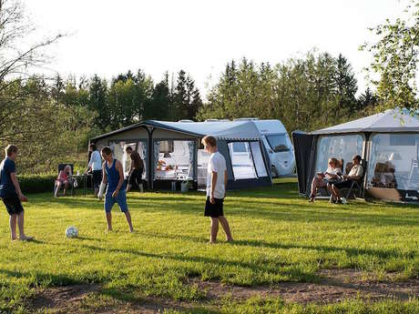 """Camping """"Le Val d'Ante"""""""