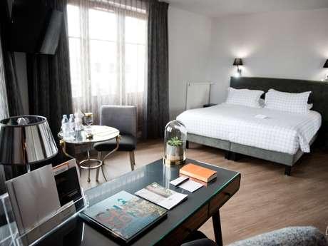 """Hôtel """"Armes de Champagne"""""""