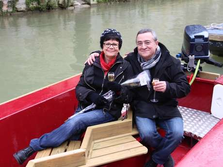 Balade en barque spéciale Saint-Valentin
