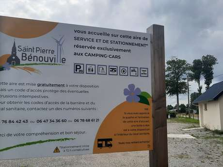 Aire de stationnement et de service de Saint-Pierre-Bénouville