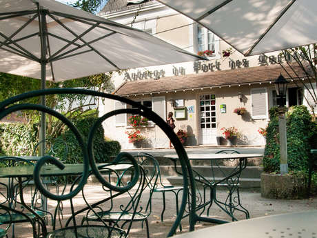 HOTEL AUBERGE DU PORT DES ROCHES